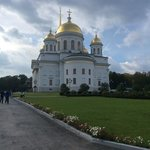Orthodox. hurch behind the hotel. i could see it out of my room. but this pic is tsken at the en