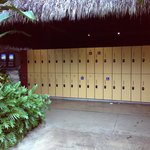 there are free lockers, but they're not that big