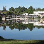 Golden Arrow Lakeside Resort의 사진