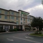 صورة فوتوغرافية لـ ‪Holiday Inn Hotel and Suites Savannah-Pooler‬