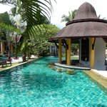 The Village Resort and Spa resmi