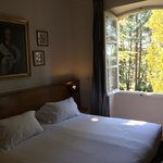 La chambre 30. Queen size bed