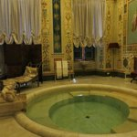 As you enter the Palace you see Diana's Chamber.