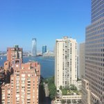 New York Marriott Downtown resmi