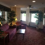 Magnuson Hotel And Suites Lansing-Dewitt