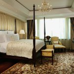 The Ritz-Carlton Suite (240sqm/2583sqft) - Personal butler is available upon request.
