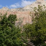 Photo de Red Rock Inn Bed and Breakfast Cottages