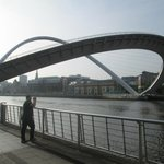 Opening the Millenium Bridge for river traffic