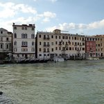 Hotel Carlton on the Grand Canal resmi