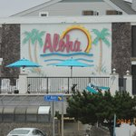 Photo de Aloha Oceanfront Motel