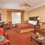 Ayres Suites Mission Viejoの写真