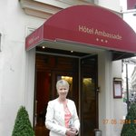 Photo de Ambassade Hotel