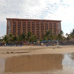 صورة فوتوغرافية لـ ‪Hotel Barcelo Ixtapa Beach Resort‬