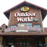 Entrance to Bass Pro Shops Outdoor World