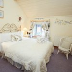 Chess Cottage double bedroom