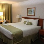 Carriage House Inn resmi
