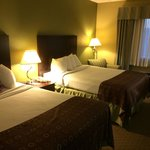Photo de BEST WESTERN Airport Inn & Suites Cleveland