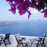 Perfect patio to enjoy the unobstructed views of the Caldera and surrounding islands