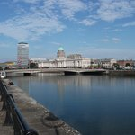 Jurys Inn Dublin Custom House Foto