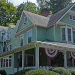 Vine Cottage Inn - Hot Springs VA