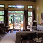 Photo de Buffaloberry Bed and Breakfast