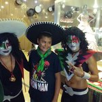 Fiesta mexicana en hard rock vallarta
