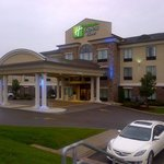 Holiday Inn Express Hotel & Suites Youngstown W - I-80 Niles Areaの写真