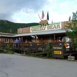 Denali Grizzly Bear Cabins & Campground resmi