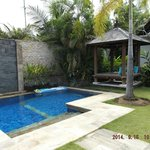 Day bed/gazebo located by private pool