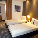 Holiday Inn Express Hamburg City Centre resmi