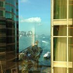 Foto The Royal Pacific Hotel & Towers