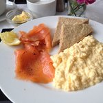 Smoked salmon breakfast