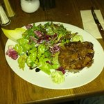Rumpsteak mit Salat Beilage