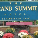 Photo de Grand Summit Hotel