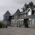 The front of the Laggan Caskmore hotel
