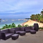 Lounging area with great view of Alona beach
