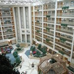 Photo de Embassy Suites Hotel Columbus Dublin