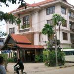 Photo of exterior of City River Hotel Siem Reap