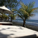 Photo de Matahari Beach Resort & Spa