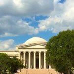 A view of the National Gallery of Art from the National Mall
