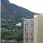 Corner suite on 23rd floor view of Diamond Head and zoo