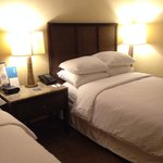 Four Points SD - Room 1088 / Two Double Beds - Nice Room