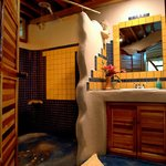 Beauty View and Bamboo Cabins bathrooms