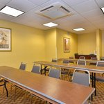 Foto de BEST WESTERN PLUS Crossroads Inn & Suites
