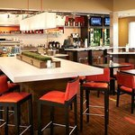 Foto van Courtyard by Marriott Toledo Airport Holland