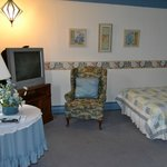 Photo of Claddagh Motel & Suites