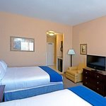 Photo of Holiday Inn Express Hotel & Suites Tucson