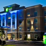 ‪Holiday Inn Express Hotel & Suites Columbus - Easton‬