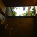 Indoor/outdoor ensuite bathroom