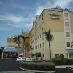 Comfort Suites Seven Mile Beach照片